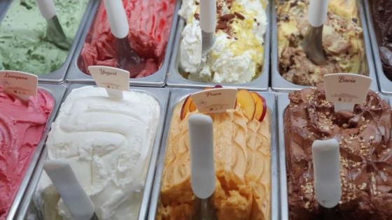 Detectan Covid-19 en helados chinos, piden a los consumidores informen sobre su salud