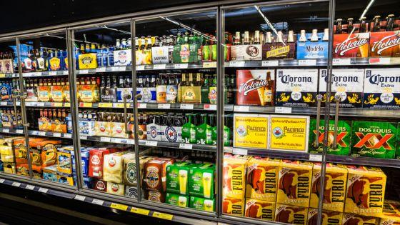Actualizan horarios permitidos para venta de alcohol en Quintana Roo