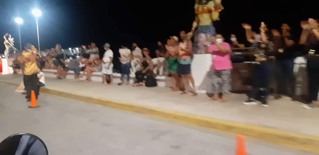Montan espectáculo de Carnaval en Cozumel