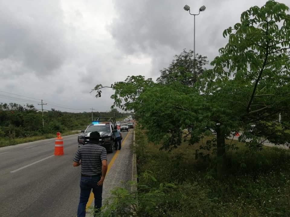 Diseña SCT y Fonatur solución permanente a tramo carretero Playa-Cancún; desvío provisional en el kilómetro 307+650 que presentó agrietamiento.