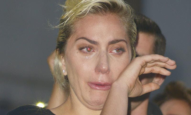 Sujeto roba y dispara a seres queridos de Lady Gaga