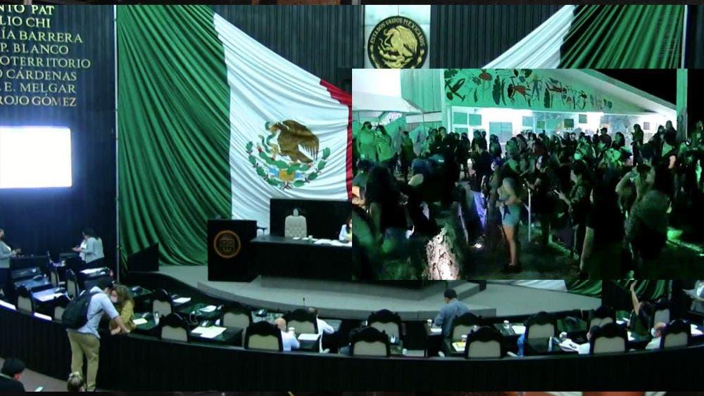 Abortan votación de la despenalización del aborto en el congreso de Quintana Roo