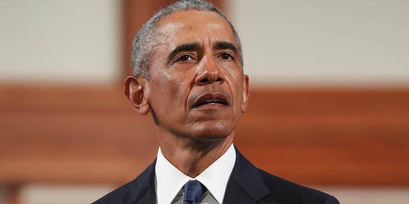 Barack Obama le rompió la nariz a su amigo por racista