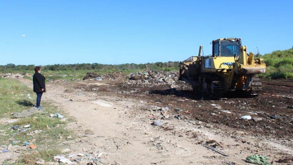 Sanean vertedero de basura en José Maria Morelos