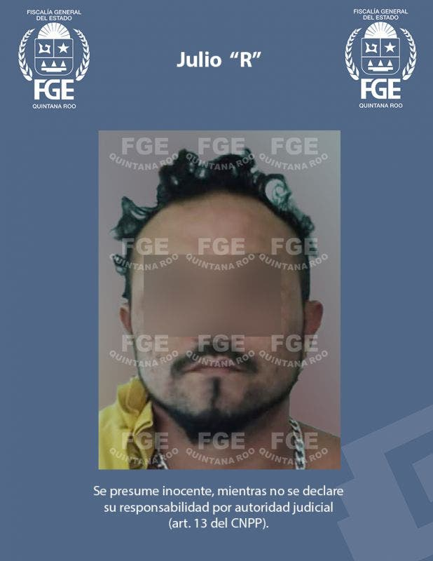 """Aseguran droga durante un cateo en Chetumal; Julio """"R"""" fue detenido en el operativo y puesto a disposición del Ministerio Público."""