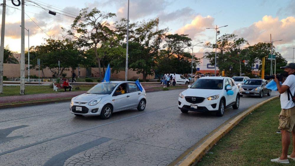 Se manifiestan grupos pro vida contra el aborto en Cancún