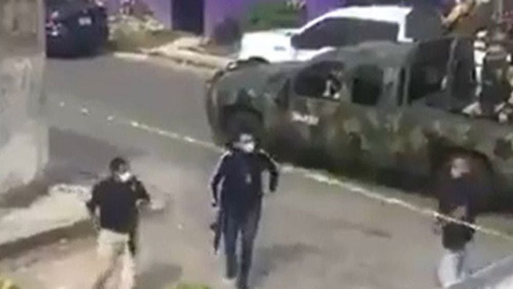 Capturan autoridades 15 delincuentes en operativo de rescate en Cancún