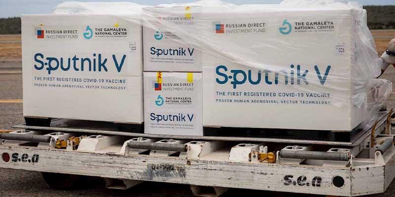 Esta noche llegarán las vacunas Sputnik V a México: Ebrard