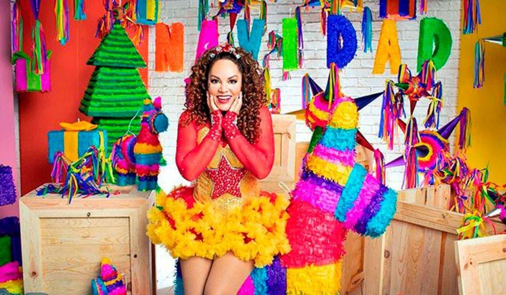 Tatiana compite contra 'La Chilindrina' por atrevido bikini