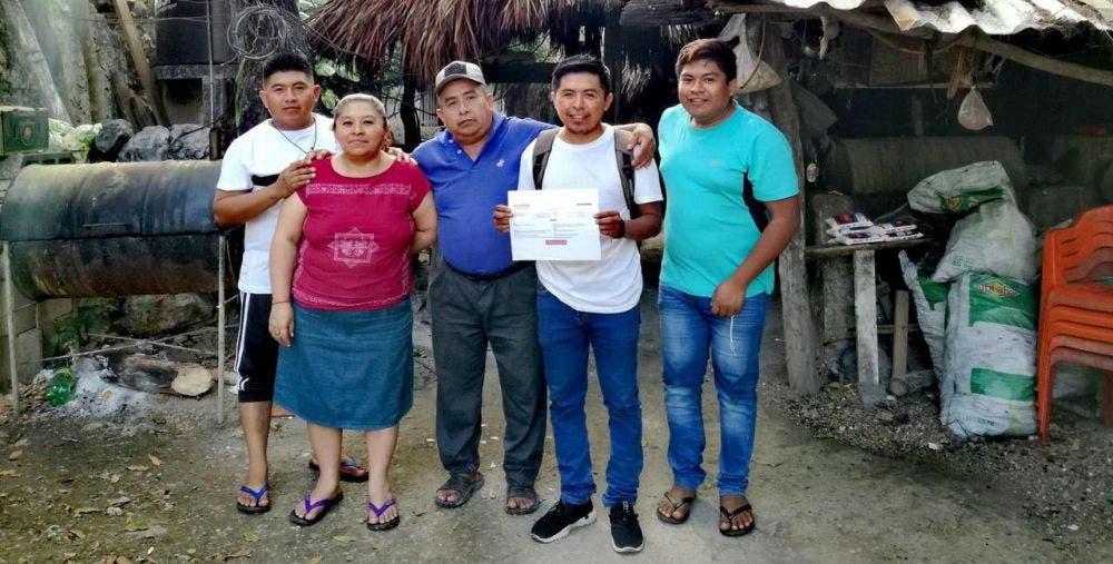Mayas de JMM impulsan la candidatura de Miguel Puc Pat por Morena.