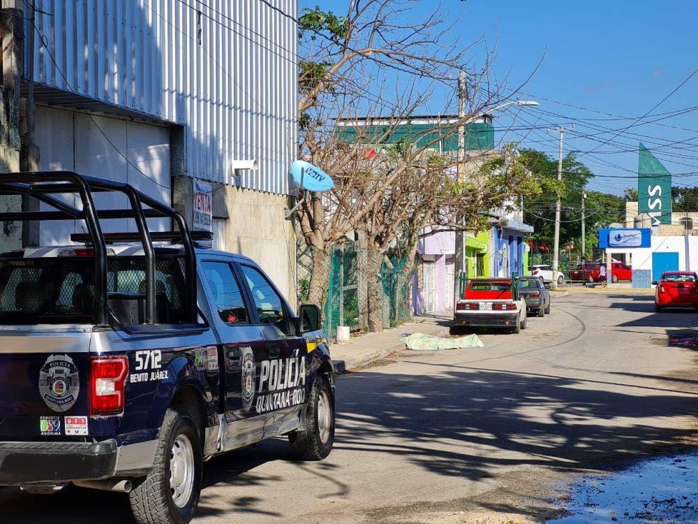 Asesinan a un sujeto en la prolongación Tulum.