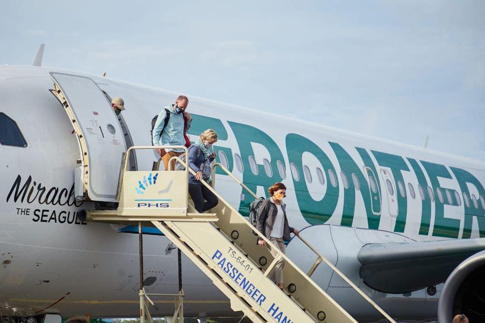 Anuncian nuevas conexiones aéreas en Cozumel; se fortalece el arribo de turistas para la temporada de verano.