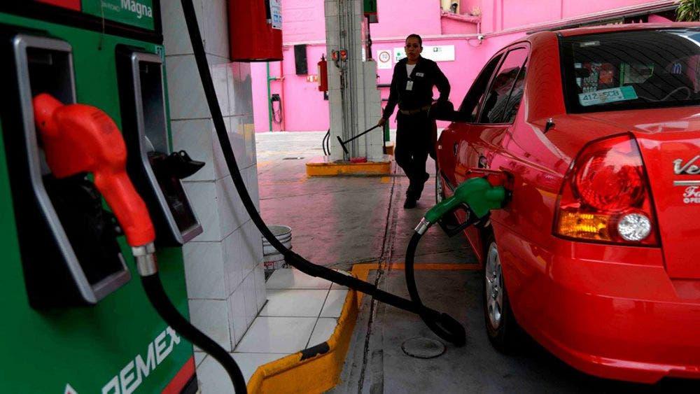 Aplica Hacienda estímulo fiscal a la gasolina Magna.