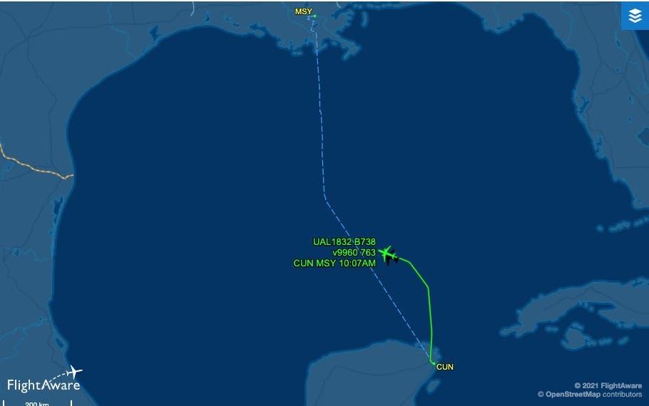 Vuelo de ruta Cancún-Houston emite emergencia en Golfo de México