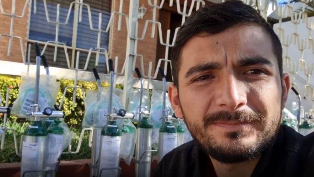 Para ayudar a los enfermos de Covid-19, el influencer mexicano Scott Adrián Moreno, conocido como Scott Traveling, rifa sus dos carros