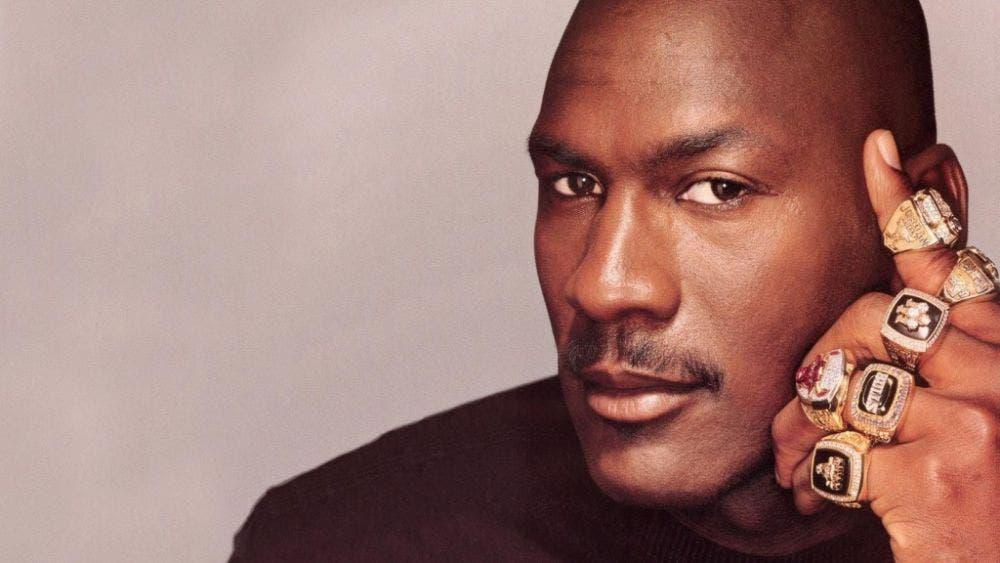 Para abrir dos clínicas médicas, la leyenda del basquetbol Michael Jordan donó 10 millones de dólares, unos 200 millones de pesos