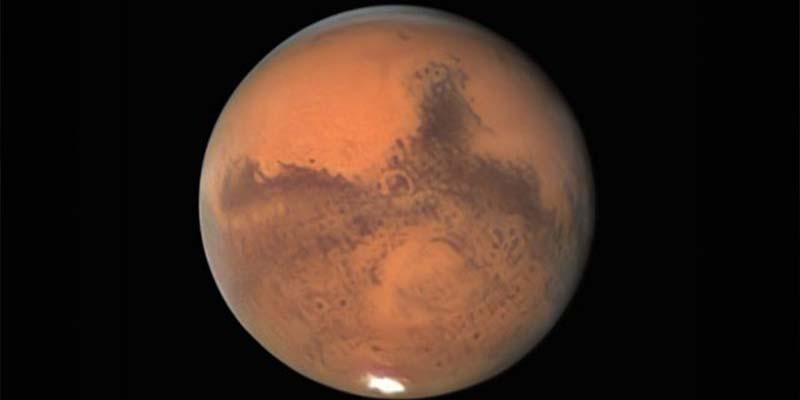 Encuentran vapor de agua en la atmósfera de Marte