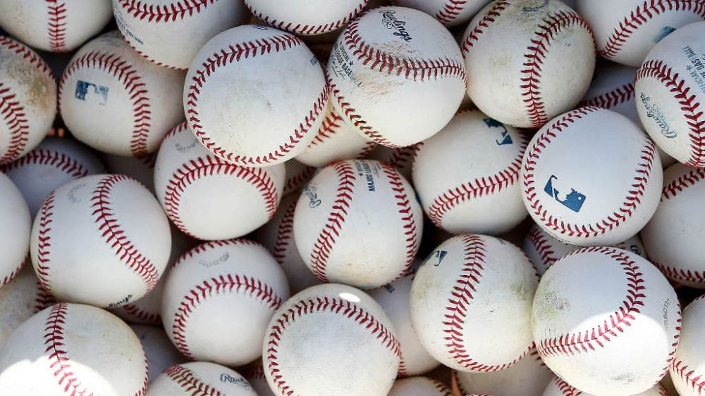 MLB hace cambios en pelotas para controlar tasa de home runs
