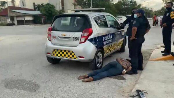 Investiga Fiscalía muerte de una mujer a manos de policías de Tulum.