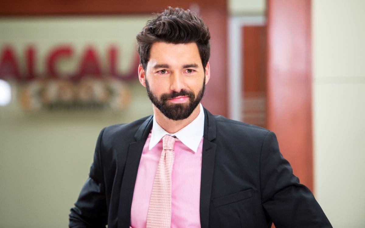 Televisa suspende grabaciones de Gonzalo Peña, acusado de ser cómplice de abuso