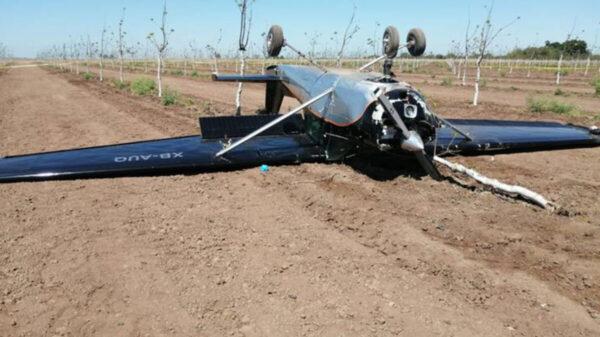 Tres lesionados tras desplome de avioneta en Sonora