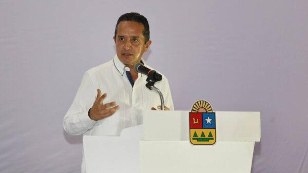 Carlos Joaquín impulsa el equilibrio económico en las zonas norte y sur de Quintana Roo