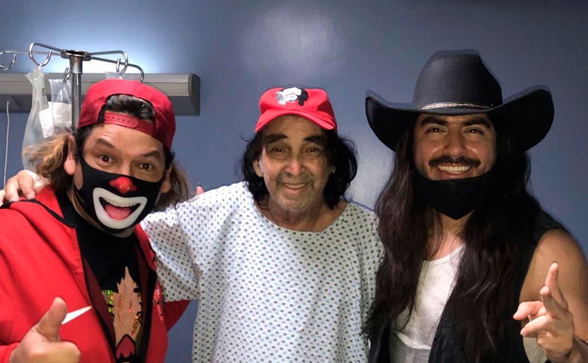 Cepillín reaparece tras cirugía a lado del Rey Grupero