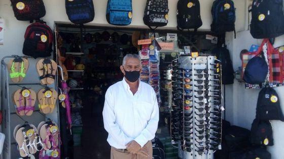 Cumplen un mes comerciantes de Playa Del Carmen sin energía eléctrica