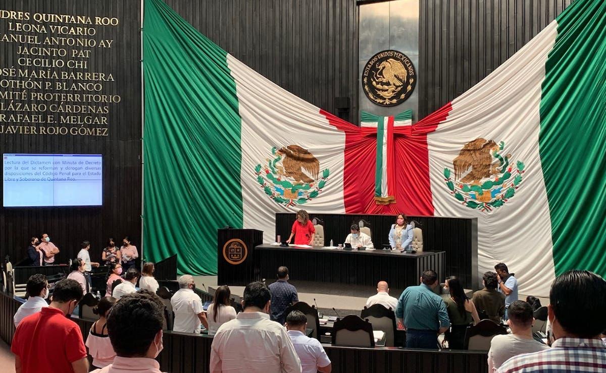 En fuga, medio Congreso de Quintana Roo por busca de candidaturas