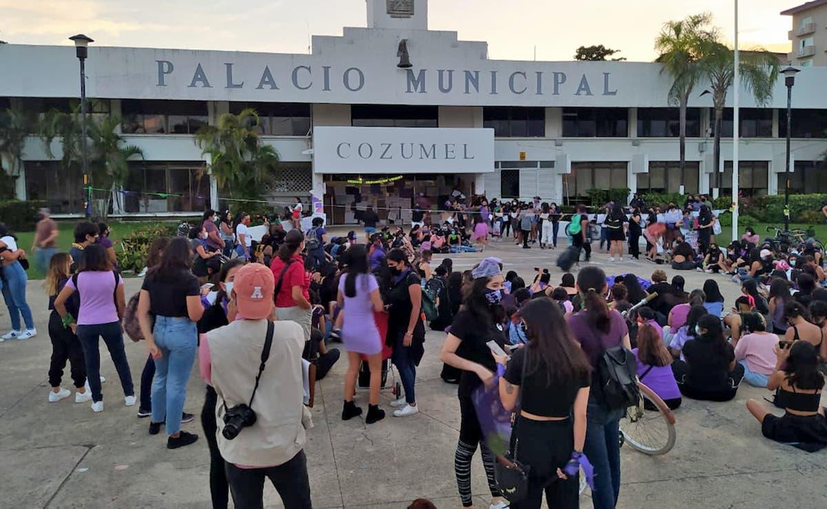 Sin novedad, marcha por el Día Internacional de la Mujer en Cozumel