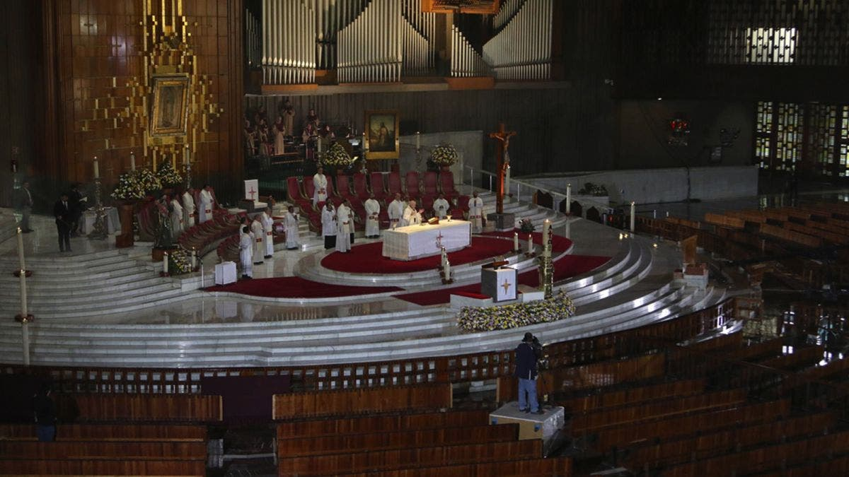 Confirma la Iglesia su postura de estar en contra del aborto y la eutanasia