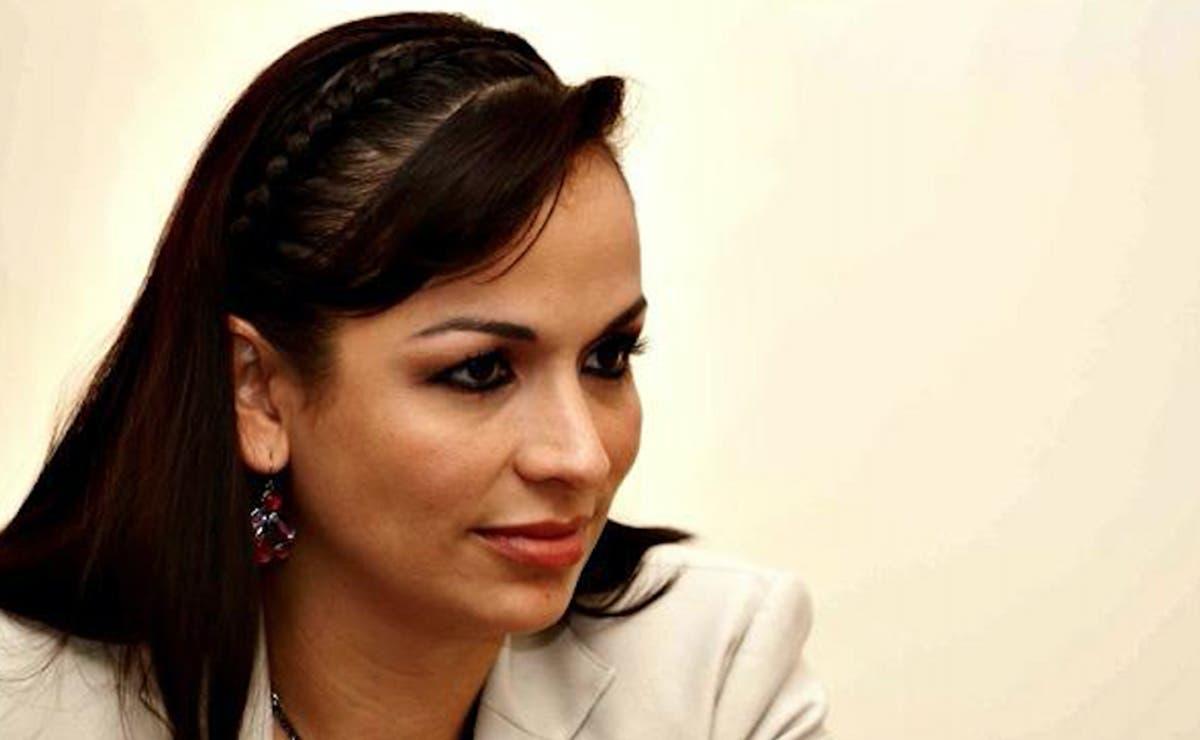 Deja Laura Fernandez presidencia de Puerto Morelos, va por diputación
