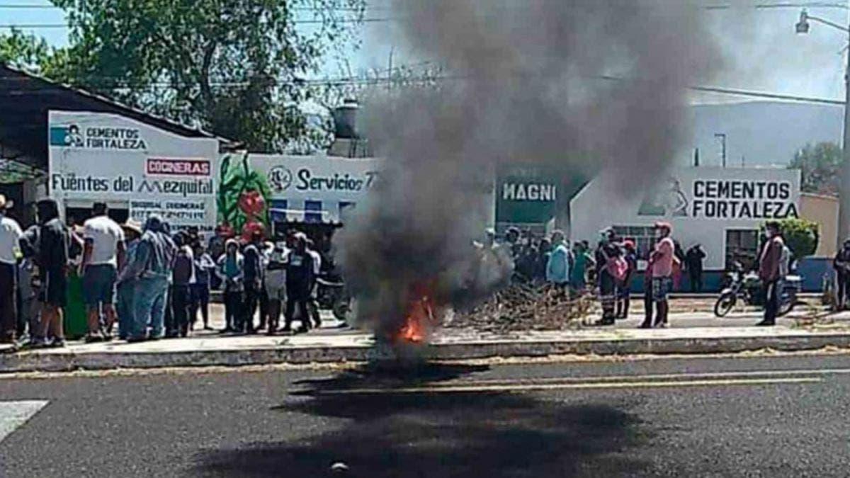 Salvan a presuntos secuestradores de ser linchados en Hidalgo