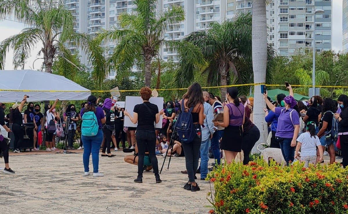 Cancún: Marcha por el Día Internacional de la Mujer en Malecón Tajamar