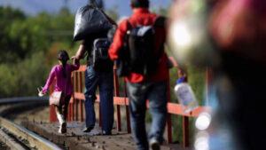 Policías rescatan a migrantes privados de su libertad en Tamaulipas