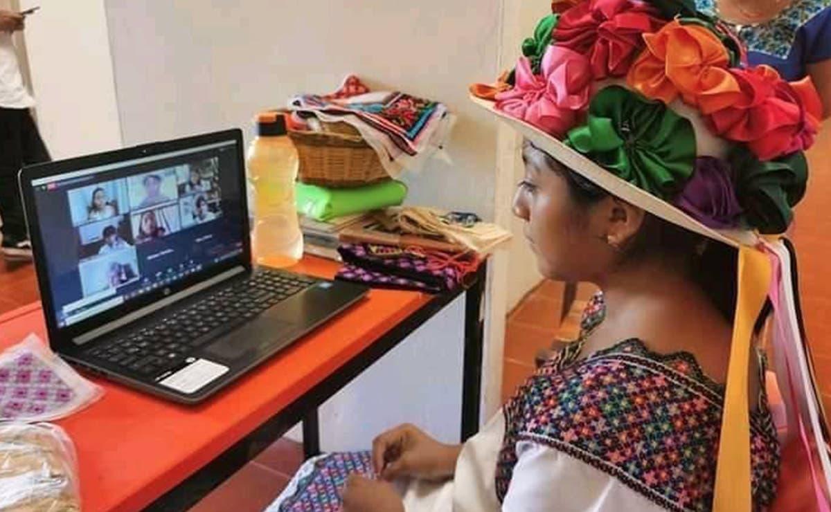 Mujeres artesanas mayas llaman al consumo local y repudiar la piratería, en el marco de Día del Artesano que se conmemora este viernes