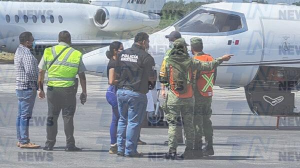Video: Muere pasajera de un avión en la terminal FBO de Cancún.
