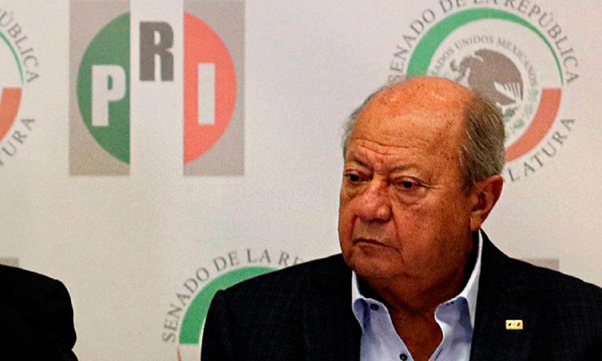 Investigan a Romero Deschamps por depósitos de $309 millones: AMLO