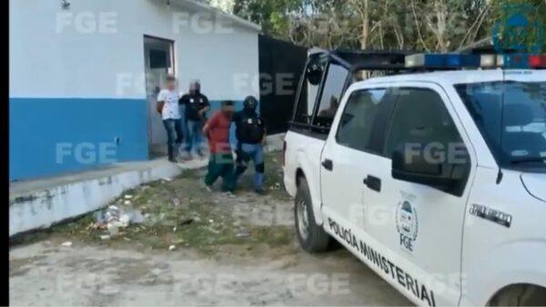 Trasladan a Centros de Retención a policía de Tulum implicados en feminicidio de Victoria (VIDEO).