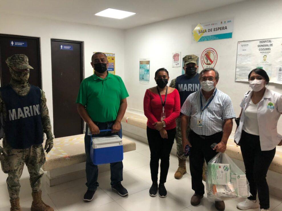Las vacunas que recibieron representan la segunda dosis del personal médico de primera línea de combate al coronavirus en el Hospital General de Cozumel, IMSS e ISSSTE.