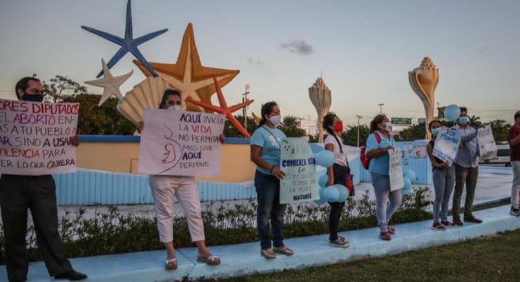 En Quintana Roo sigue la presión de ciudadanos ¡No al aborto!