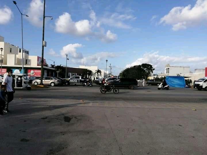 Atacan a balazos oficinas de CADU en Playa del Carmen.