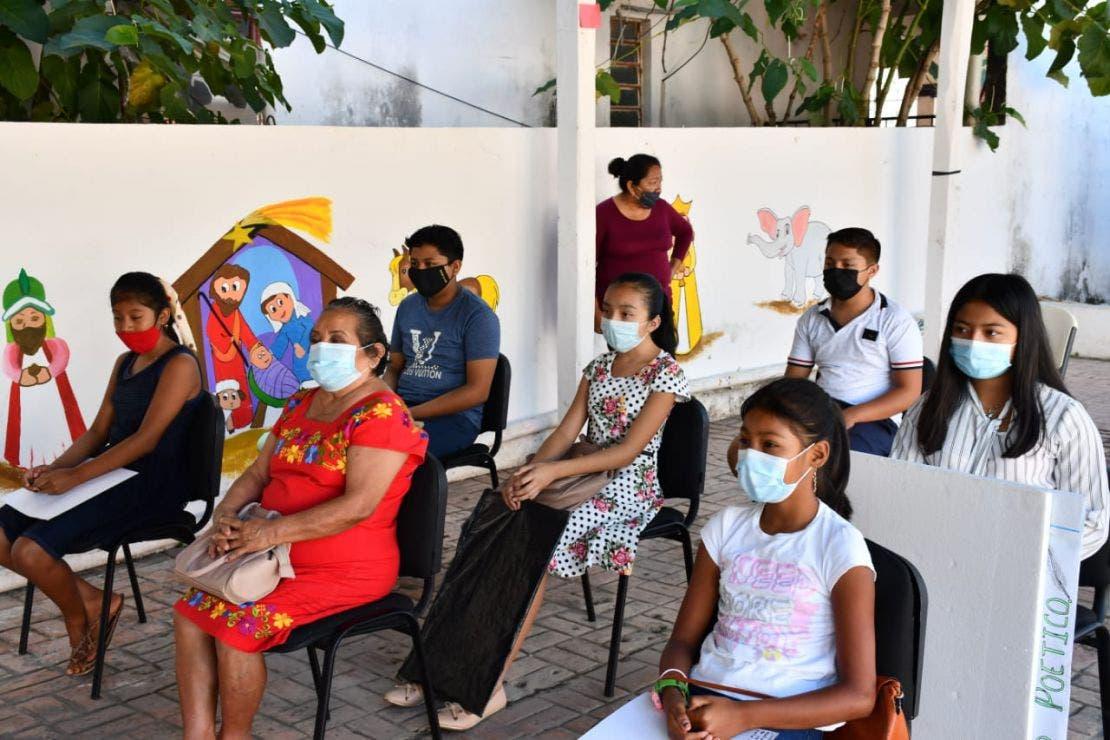 Participan niños difusores del DIF en concurso de dibujo.