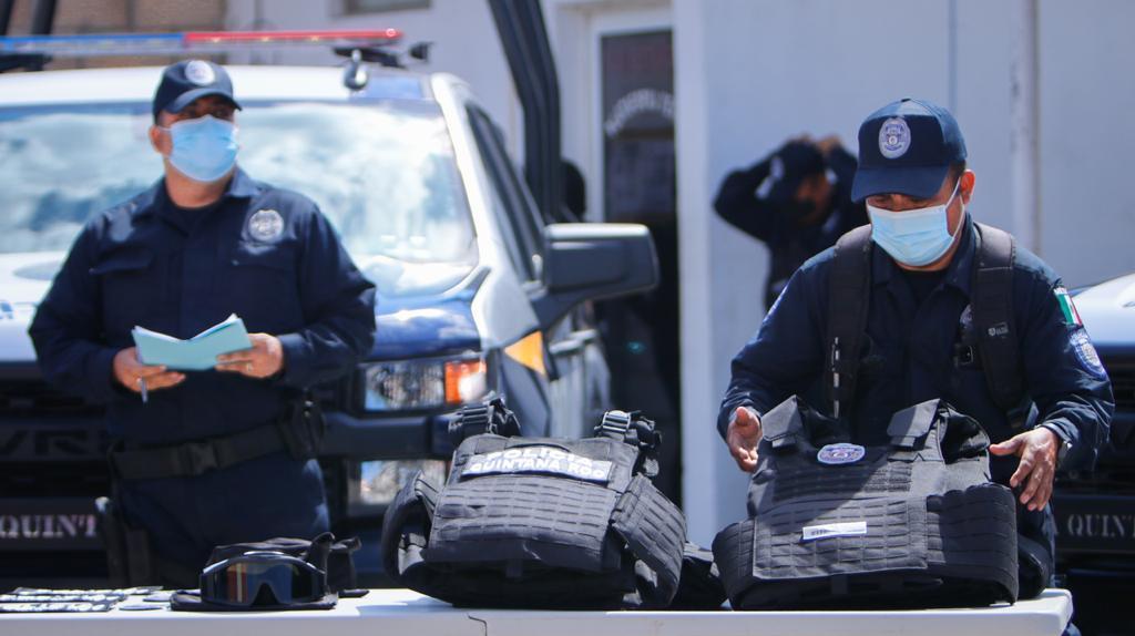 Refuerzan la seguridad en Felipe Carrillo Puerto y Zona Maya; entregan patrullas y equipo táctico a la Policía Municipal.