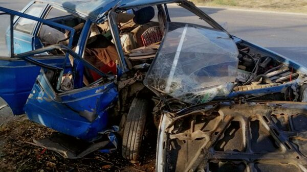 Terrible choque en el Periférico de Mérida deja a una persona prensada