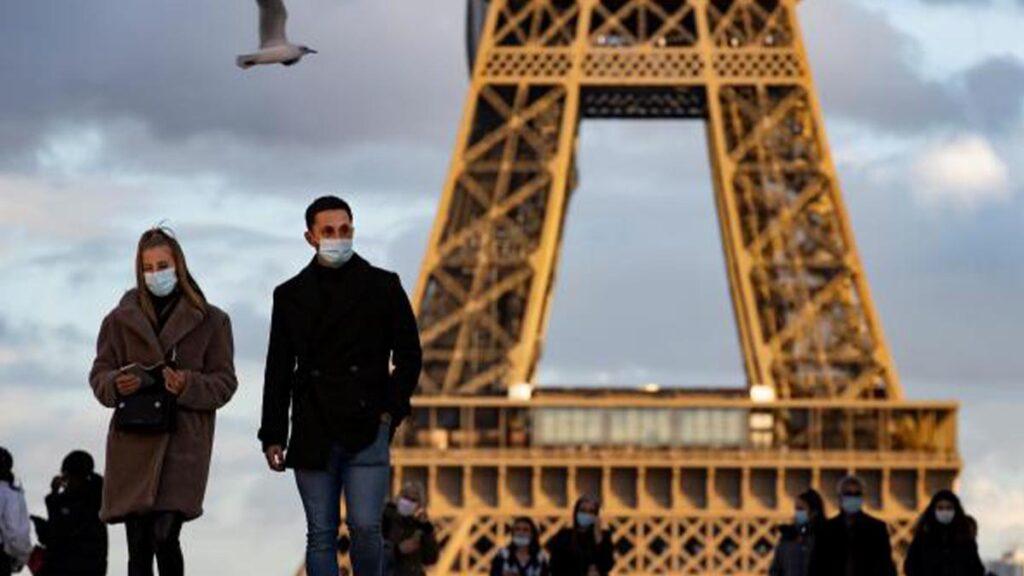 Cierran escuelas en Francia ante nuevo confinamiento