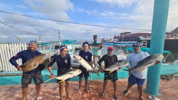 Por Covid-19 cancelan torneo de pesca deportiva en la isla de Holbox.