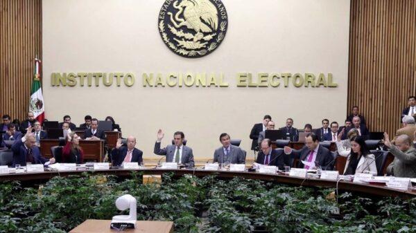 Niega el INE10 registros de candidatos a diputados.