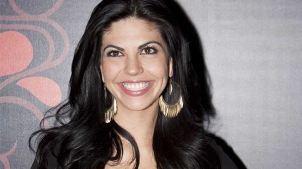 África Zavala calienta motores para su próxima telenovela