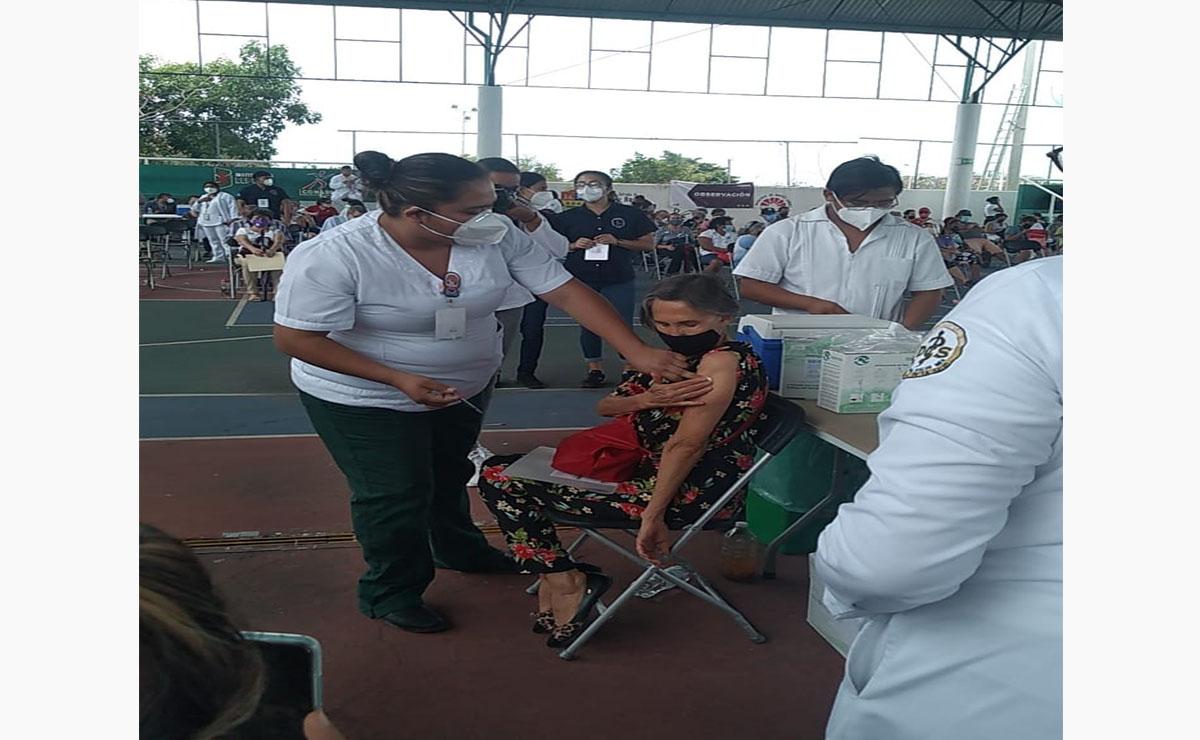 Doña Florinda se habría aplicado segunda vacuna contra Covid-19